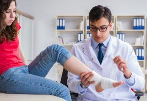 Between a Sprain vs. Fracture